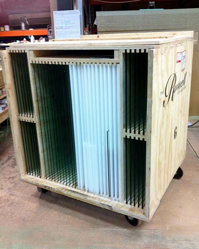 Custom crate for glass panes